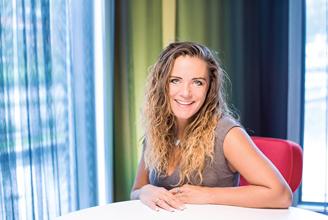 Kurs og foredrag med May-Bente Høiland-Lode